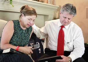 photo - Gail and Craig Box discus the loss of their son, OU football player Austin Box, at their home in Enid, Monday, July 11, 2011. Photo by David McDaniel, The Oklahoman  ORG XMIT: KOD