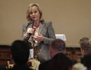 photo - Gov. Mary Fallin speaking at the Edmond Area Chamber of Commerce luncheon, April 3, 2012. Photo By David McDaniel