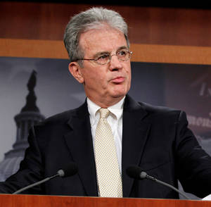 photo - U.S. Sen. Tom Coburn, R-Muskogee