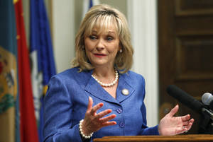 photo - Gov. Mary Fallin is shown at a recent news conference announcing Google's plans to add 50 new jobs in Oklahoma. Tuesday, she welcomed three former governors to the Governor's Mansion to speak at the Oklahoma Venture Forum's monthly meeting. AP PHOTO