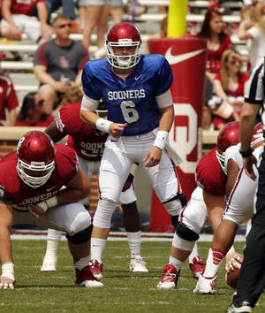 Photo - Baker Mayfield plays during the Spring College Football Game of the University of Oklahoma Sooners (OU) at Gaylord Family-Oklahoma Memorial Stadium in Norman, Okla., on Saturday, April 12, 2014.  Photo by Steve Sisney, The Oklahoman