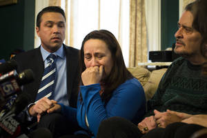 photo - Betzaida Jimenez, mother of 33-year-old Sarai Sierra who was found dead on Saturday in Turkey, pauses before a news conference at a friend's home in Staten Island, Monday, Feb. 4, 2013, in New York. Sierra went missing while vacationing alone in Istanbul on Jan. 21, the day she was due to board her flight back home.   (AP Photo/John Minchillo)