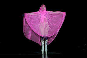 Photo -   U.S singer Lady Gaga opens the Philip Treacy Spring/Summer 2013 collection during London Fashion Week, Sunday, Sept. 16, 2012. (AP Photo/Jonathan Short)
