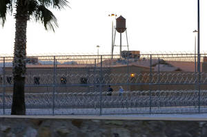 "Photo - The Federal Correctional Institution is shown early Thursday, Feb. 27, 2014 in Safford, Ariz. 50-year-old Fernando Gonzalez, known to U.S. authorities as ""Ruben Campa"", a member of the ""Cuban Five"" spy ring, was released from the facility early Thursday where he completed his sentence. (AP Photo/Matt York)"