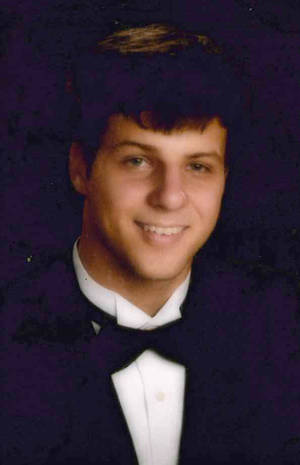 photo -   This undated Collar family photo shows University of South Alabama freshman Gil Collar, 18, who was shot to death by a campus police officer on Saturday, Oct. 6, 2012, in Mobile, Ala. While friends describe Collar as quiet and reserved, university officials say he was nude and confronting the officer at the time of the shooting. (AP Photo/Collar Family)