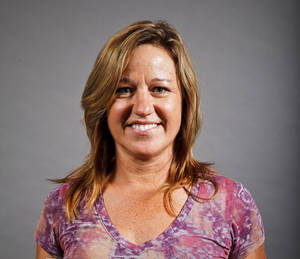 photo - MUG: Laura Clay, Westmoore, cross country,  poses for a headshot at The Oklahoman's fall high school sports photo day at the OPUBCO building in Oklahoma city on Wednesday, Aug. 17, 2011. Photo by Zach Gray, The Oklahoman ORG XMIT: KOD