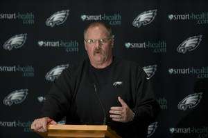 photo -   Philadelphia Eagles coach Andy Reid speaks with members of the media during a news conference at the team's NFL football training facility, Tuesday, Nov. 27, 2012, in Philadelphia. (AP Photo/Matt Rourke)