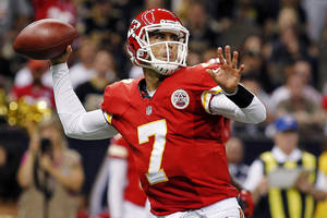 Photo -   Kansas City Chiefs quarterback Matt Cassel (7) passes in the first half of an NFL football game against the New Orleans Saints in New Orleans, Sunday, Sept. 23, 2012. (AP Photo/Jonathan Bachman)