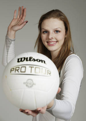 Photo - All City Volleyball Player of the Year, Jordan Spence, of Edmond Santa Fe, Monday, November 25, 2013. Photo by Doug Hoke, The Oklahoman