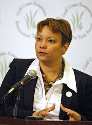 photo - U.S. Environmental Protection Agency Administrator Lisa P. Jackson speaks during a press conference at the Renaissance Mobile Riverview Plaza in Mobile, Ala. Friday, May 6, 2011.  Jackson was in Mobile to convene a meeting of the Gulf Coast Ecosystem Restoration Task Force supporting the conservation and restoration of resilient and healthy ecosystems in the Gulf of Mexico. (AP Photo/Press-Register, G.M. Andrews) ORG XMIT: ALMOP301