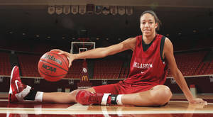 photo - At 6-foot-6, Nicole Griffin is the tallest player in the history of the OU women's basketball program. Griffin has averaged 9.1 points per game since joining the Sooners' starting lineup.Photo by Steve Sisney, The Oklahoman