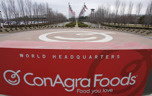 photo -   This March 21, 2011, file photo shows a sign for ConAgra Foods' world headquarters in Omaha, Neb. ConAgra Foods is buying private-label food producer Ralcorp for about $4.95 billion, which will make it the biggest private-label packaged food business in North America. ConAgra Foods Inc. said Tuesday, Nov. 27, 2012, that the deal is expected to close by March 31, 2013 and needs Ralcorp shareholder approval. (AP Photo/Nati Harnik, File)