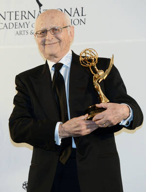Photo -   Norman Lear poses after winning a Special Founders Award at the 40th International Emmy Awards, Monday, Nov. 19, 2012 in New York. (AP Photo/Henny Ray Abrams)