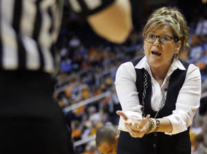 Photo - Vanderbilt head coach Melanie Balcomb pleads to an official in the first half of an NCAA college basketball game against Tennessee, Monday, Feb. 10, 2014, in Knoxville, Tenn. (AP Photo/Wade Payne)
