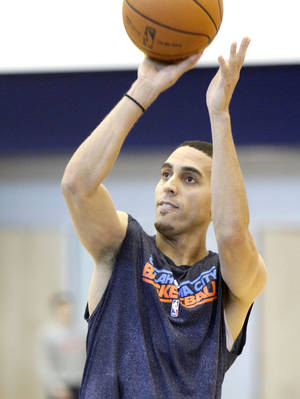 photo - OKLAHOMA CITY THUNDER NBA BASKETBALL: New Thunder player Kevin Martin practices at the Integris Health Thunder Practice Facility in Oklahoma City, OK, Monday, October 29, 2012,  By Paul Hellstern, The Oklahoman