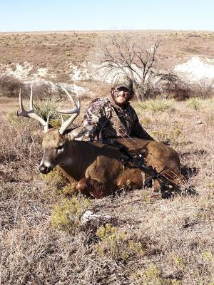 photo - Bradley Clay of Sulphur killed this 290-pound buck in Kansas while hunting with Homerun Outfitters. Will Oklahoma produce trophy bucks like this one with more conservative deer hunting regulations? PHOTO PROVIDED