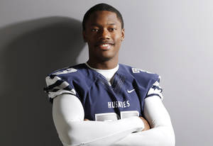 Photo -                    Edmond North's Caileb Booze is No. 27 in The Oklahoman's Super 30 recruiting rankings for the class of 2015.                     Photo by Doug Hoke, The Oklahoman