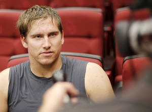 photo - OU Sooner Daniel Noble gives an interview during media availability in the Red Room after University of Oklahoma football practice in Norman, Okla., Monday, September 20, 2010. Photo by Nate Billings, The Oklahoman