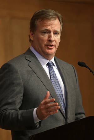 Photo - NFL Commissioner Roger Goodell delivers the Department of Exercise and Sport Science's annual Carl Blyth Lecture at the University of North Carolina at Chapel Hill, N.C., Wednesday, March 6, 2013.(AP Photo/Gerry Broome)