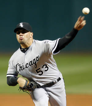 Photo -   Chicago White Sox starting pitcher Hector Santiago pitches in the first inning of a baseball game against the Cleveland Indians, Monday, Oct. 1, 2012, in Cleveland. (AP Photo/Tony Dejak)