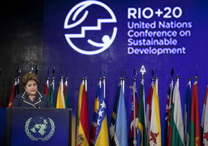 Photo -   Brazil's President Dilma Rousseff speaks during the closing ceremony of the United Nations Conference on Sustainable Development, or Rio+20, in Rio de Janeiro, Brazil, Friday, June 22, 2012.(AP Photo/Andre Penner)