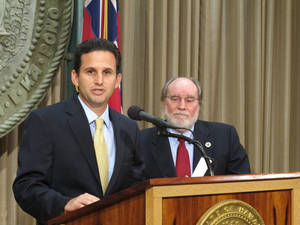 photo - Hawaii Lt. Gov. Brian Schatz speaks the state Capitol in Honolulu on Wednesday, Dec. 26. 2012 after Gov. Neil Abercrombie, right, announced he was appointing Schatz to fill the seat vacated by the late U.S. Sen. Daniel Inouye. (AP Photo/Audrey McAvoy)
