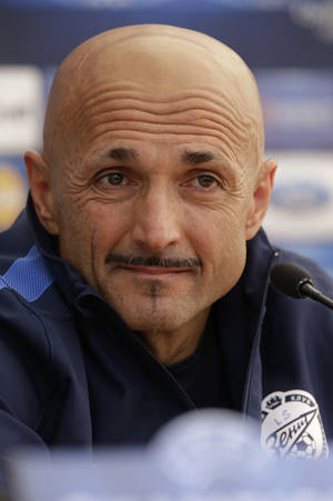 photo -   Zenit's head coach Luciano Spalletti speaks during a news conference in St.Petersburg, Russia, Tuesday, Oct. 2, 2012. Zenit will face AC Milan in the UEFA Champions League, group C, soccer match on Wednesday, Oct. 3. (AP Photo/Dmitry Lovetsky)