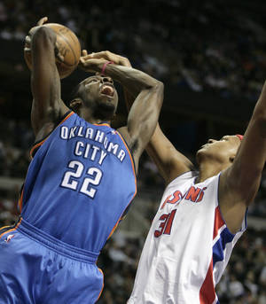 Photo - Jeff Green goes up for a shot during Friday's win over Detroit. AP PHOTO