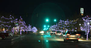 Photo - Edmond spent almost $43,000 to replace the city's Christmas lights and have the decorations installed this holiday season. PHOTO BY DAVID MCDANIEL, THE OKLAHOMAN. <strong>David McDaniel - THE OKLAHOMAN</strong>