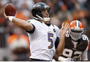 Photo -   Baltimore Ravens quarterback Joe Flacco (5) passes against the Cleveland Browns in the fourth quarter of an NFL football game in Cleveland, Sunday, Nov. 4, 2012. (AP Photo/Rick Osentoski)