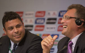 Photo -   Brazilian fromer soccer player and member of local organizing committee for the 2014 World Cup Ronaldo, left, and FIFA General Secretary Jerome Valcke, attend a news conference in Rio de Janeiro, Brazil, Thursday Aug. 30, 2012. (AP Photo/Felipe Dana)