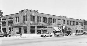Photo - The Film Exchange Building standing on the future site of the Core to Shore park is shown in this 1946 photo. <strong>Oklahoma Historical Society</strong>