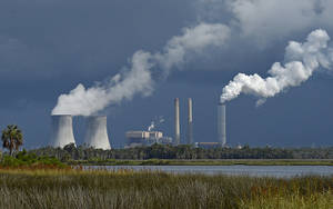 Photo - FILE - This June 27, 2013 file photo shows Duke Energy's Crystal River nuclear power plant in Citrus County, Fla. Duke Energy reports quarterly earnings on Wednesday, May 7, 2014.  (AP Photo/Phil Sandlin, File)