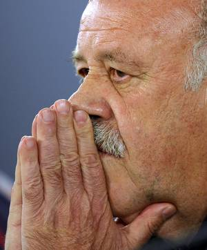 Photo - Spain's head coach Vicente del Bosque attends a press conference at the Atletico Paranaense training center in Curitiba, Brazil, Saturday, June 14, 2014. The defending champions lost 5-1 to the Netherlands in their 2014 Soccer World Cup debut. They will face Chile next on June 18. (AP Photo/Manu Fernandez)