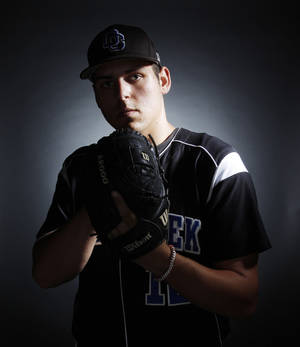Photo - HIGH SCHOOL BASEBALL: Michael Fulmer, Little All City baseball player, Deer Creek High School, at OPUBCO Thursday, May 26, 2011. Photo by Doug Hoke, The Oklahoman. ORG XMIT: KOD