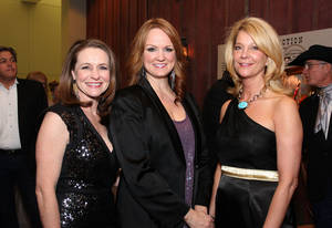 Photo - Left: Teresa Rose, Ree Drummond, Miki Farris. PHOTO BY DAVID  FAYTINGER, FOR  THE OKLAHOMAN