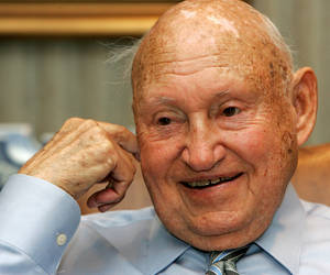 Photo -   FILE - In this July 26, 2006 file photo, Chick-Fil-A founder Truett Cathy reacts during an interview at his corporate headquarters office in Hapeville, Ga. It is not entirely clear wether Chick-fil-a has definitely ended its financial support for groups that oppose same-sex unions. But a statement issued by the company Wednesday, Sept. 20, 2012, just months after its chief spoke against gay marriage, indicates it now plans to keep its distance from the more controversial views held by its Southern Baptist owners. (AP Photo/Ric Feld, File)