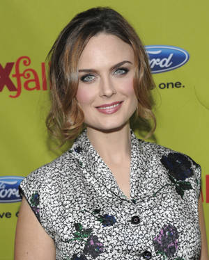 Photo - Emily Deschanel <strong>DAN STEINBERG</strong>