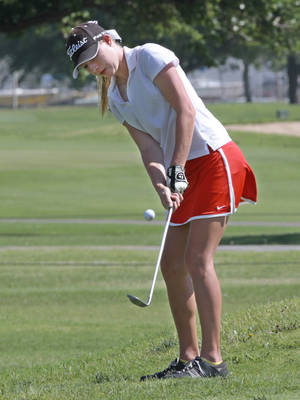 Photo - GIRLS HIGH SCHOOL GOLF / STATE TOURNAMENT: Courtney Cunningham, Hilldale, playing in the Class 4A girls golf State championships at Lake Hefner golf course, Thursday, May 3, 2012. Photo By David McDaniel/The Oklahoman