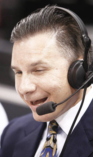 Photo - Thunder radio voice Matt Pinto is beginning his 20th season as an NBA broadcaster. Photo by BRYAN TERRY, THE OKLAHOMAN archive
