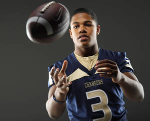 photo - HIGH SCHOOL FOOTBALL: All-State football player Sterling Shepard, of Heritage Hall, poses for a photo in Oklahoma CIty, Wednesday, Dec. 14, 2011. Photo by Bryan Terry, The Oklahoman