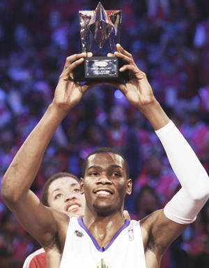 photo - Kevin Durant was named MVP of the NBA All-Star Rookie Challenge after scoring 46 points. Ap photo
