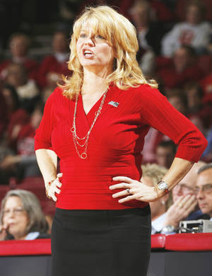 Photo - Oklahoma coach Sherri Coale was frustrated with the crowd size at Sunday's game. Photo by Steve Sisney, The Oklahoman