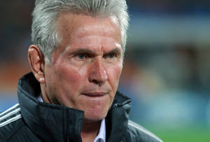 Photo -   FC Bayern Munich's head coach Jupp Heynckes reacts during group F Champions League soccer match against Bate Borisov at Dinamo Stadium in Minsk, Belarus, Tuesday, Oct. 2, 2012. (AP Photo/Sergei Grits)