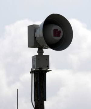 photo - A new  tornado  siren near Edmond Road and Santa Fe in Edmond on Thursday, Sept. 27, 2007. By John Clanton, The Oklahoman