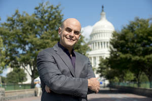 "Photo - This Sept. 2012 photo released by PBS shows host Peter Sagal of ""Constitution USA with Peter Sagal,"" premiering Tuesday, May 7, 2013 at 9 p.m. EST on PBS. (AP Photo/PBS, Peter Krogh)"