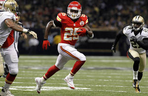 Photo -   Kansas City Chiefs running back Jamaal Charles (25) rushes in the first half of an NFL football game against the New Orleans Saints in New Orleans, Sunday, Sept. 23, 2012. The Chiefs won 27-24 in overtime. (AP Photo/Jonathan Bachman)