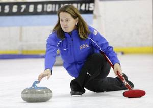 photo - Olympic curler Debbie McCormick throws a stone during the Red River Curling Shootout opening ceremonies in Edmond. PHOTO BY STEVE GOOCH, THE OKLAHOMAN <strong>Steve Gooch</strong>