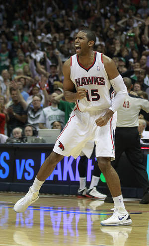 Photo -   Atlanta Hawks center Al Horford (15) reacts as time expires in their 87-86 win over Boston Celtics in Game 5 of an NBA first-round playoff series basketball game Tuesday, May 8, 2012, in Atlanta. (AP Photo/John Bazemore)