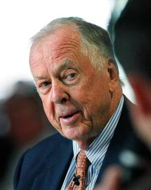 photo - 2011 file photo of T. Boone Pickens by Jim Beckel